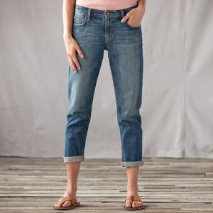 EUC Joe's Easy Fit Cropped Jeans